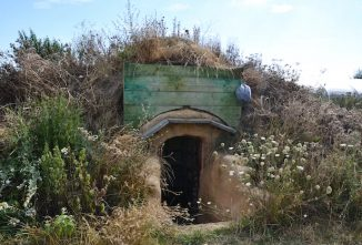 How a British Family Constructed Their Own Root Cellar